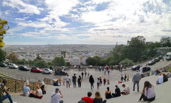 パリの下町、モンマルトル