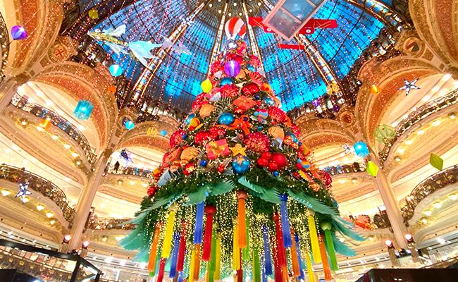 2020年、暗い雰囲気も吹き飛ばす!老舗2大デパートから届けるパリのクリスマス