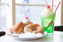話題のフードコートで味わう懐かしいお菓子。日本橋『Chigaya Bakery』のドーナツ