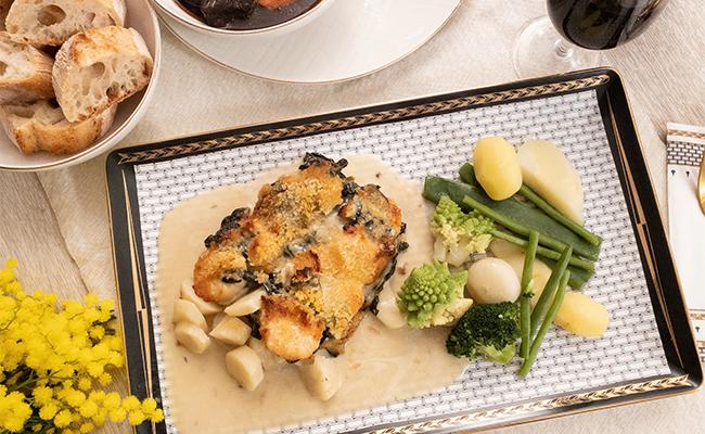 帆立とトピナンブールのオーブン焼き、野菜添え
