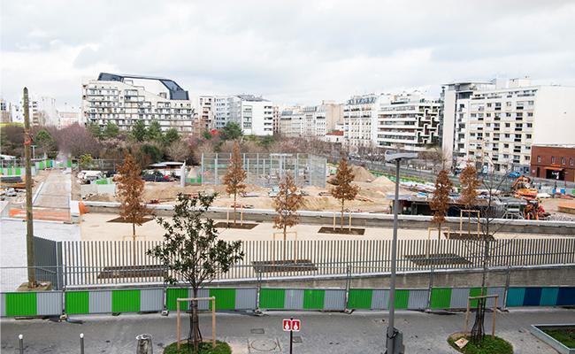 54ヘクタールにもおよぶ開発地区の中心に位置するのは、壮大な緑地地帯