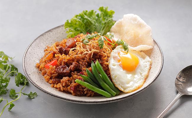 「ナシゴレン風ソース」を使ったインドネシア風炒飯
