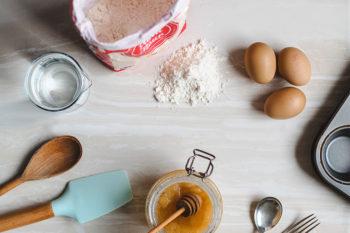 おうち時間に作って食べて楽しいスイーツ作り!おすすめレシピ8選