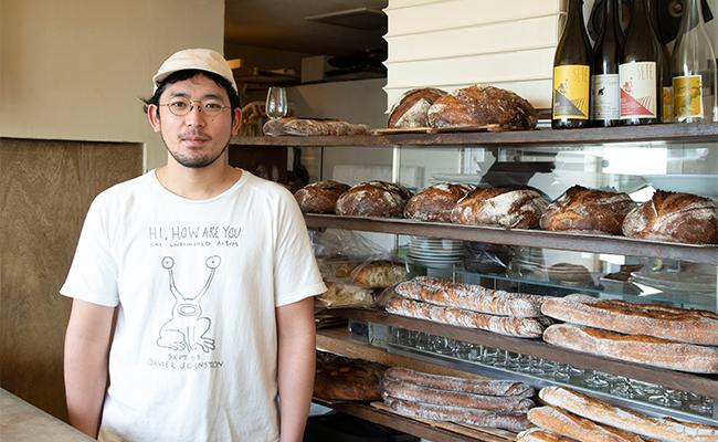 こう話してくれたのは、パン職人であり、ソムリエでもある店主の西野文也さん。