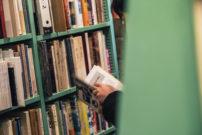 静かなるコミュニケーションが心を動かす。本好きに愛される古書店『百年』へ