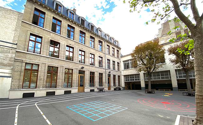 フランスは3歳から16歳まで義務教育。