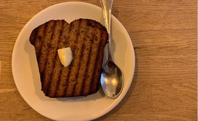 ビジュアル120点!『Café Oberkampf(カフェ オベルカンフ)』の「バナナブレッド」