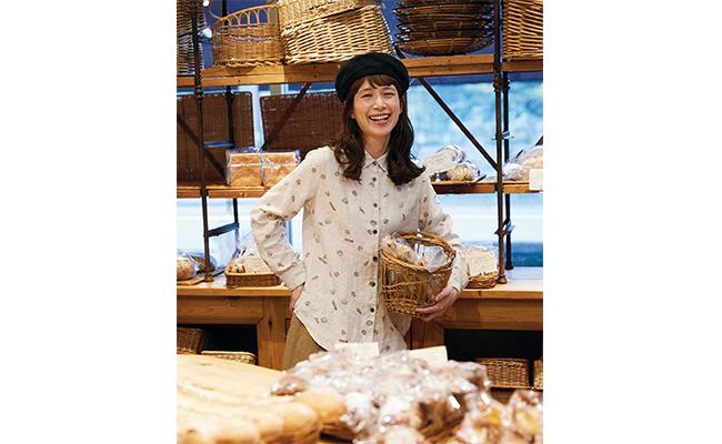 6種類のパンがプリントされたパン好きのためのシャツ『サニークラウズ やっぱりパンが好きシャツ』