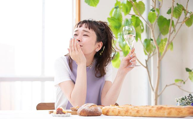 ここでワインもひと口いただきます。ゴルゴンゾーラのパンと相性バッチリ