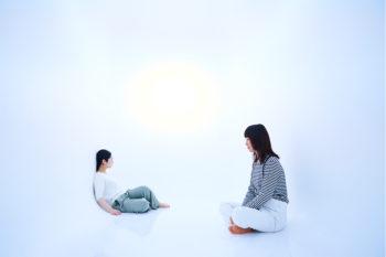メディテーションで心身を整える。表参道『Medicha』で煎茶文化と瞑想体験