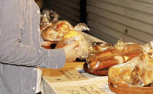 『夜のパン屋さん』