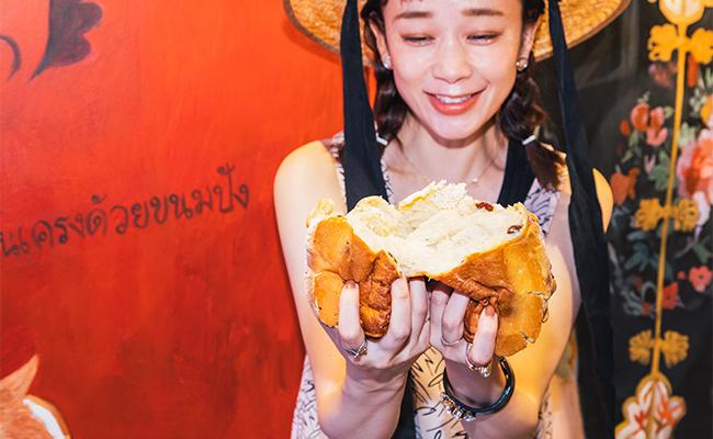気になるパンのラインナップはプレーンな食パン「口どけタイ」と、バナナとレーズンの食パン「バナナとぶどう」の2種類なのですが、個人的にバナナ食パンが超絶大ヒット!