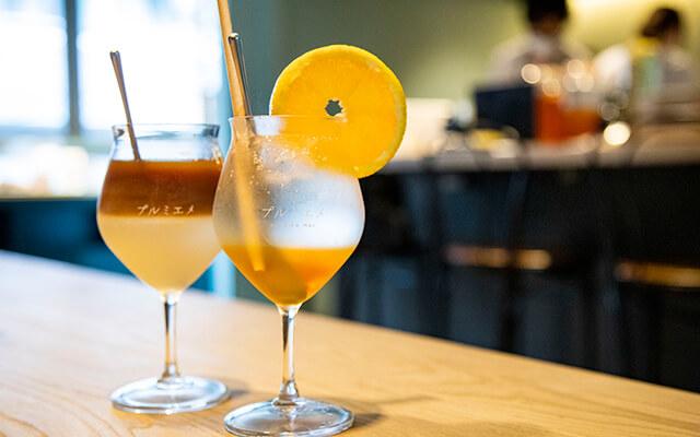 2層のカフェオレと、アールグレイオレンジのヴィネガー
