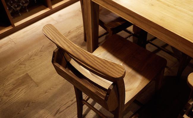 チャーチチェアのリモデル家具