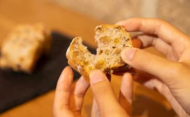 「アンビザー」につづくオープン当初からの人気パン「ピヨトル」